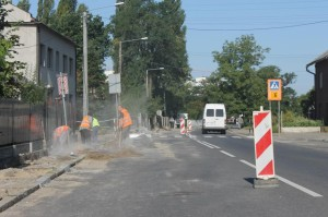 Remontują chodniki